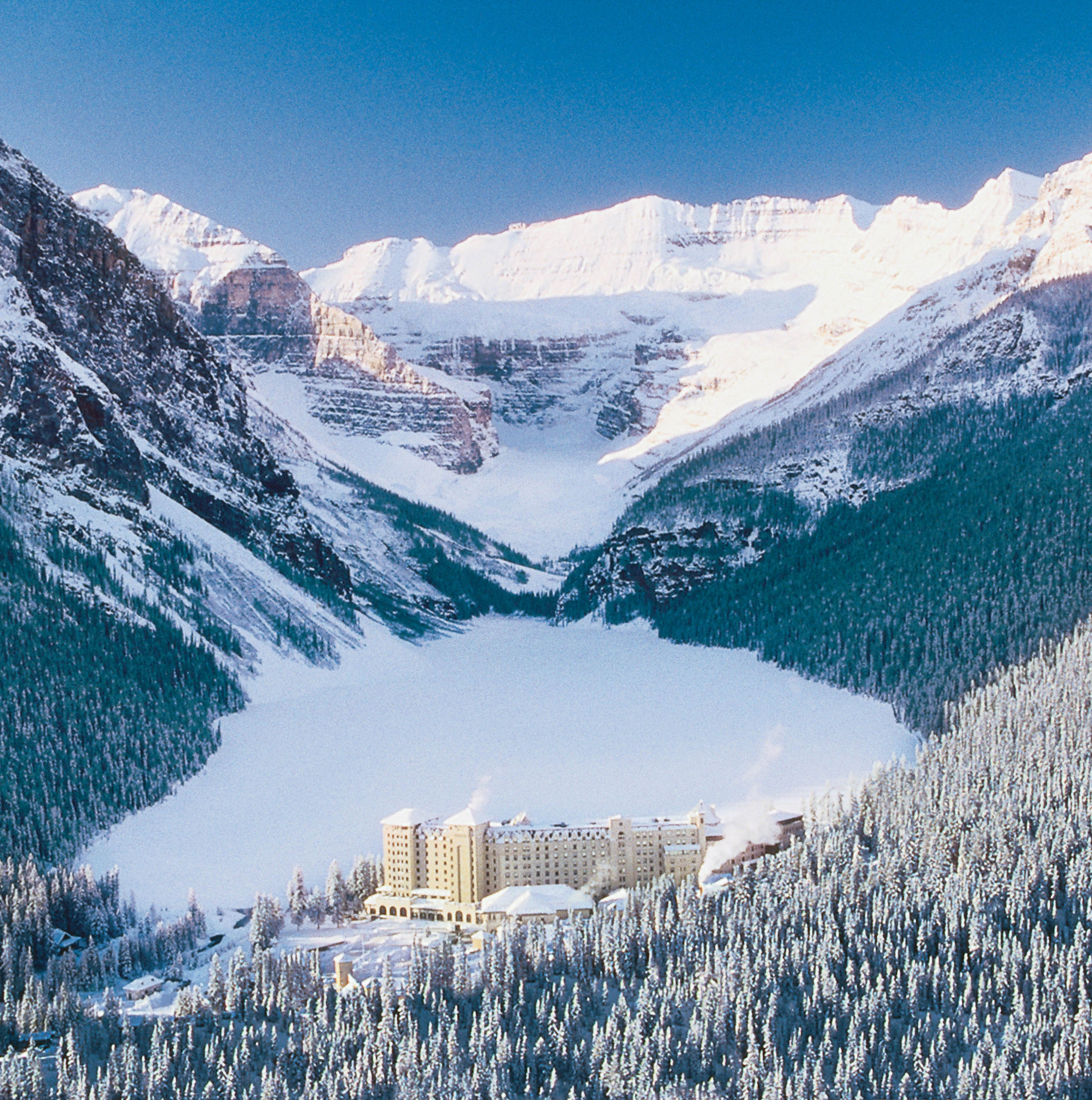 Christmas At The Lake: Scenic's Christmas Wonderland Tours In Canada Or Europe